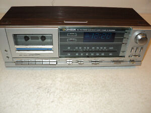 MINT: WORKING AM/FM ELECTRONIC CLOCK RADIO + Works PERFECT