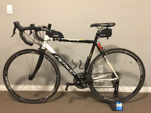 PRICE REDUCED - ROAD BIKE - Norco CRR SL M6