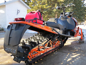 "2014 Arctic Cat M8000 Limited 162"" x 2.6"" ONLY 415 MILES Strathcona County Edmonton Area image 4"