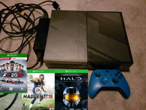 XBOX One 1TB Halo Edition with controller and 3 games