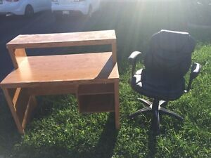 Free desk and chair at end of driveway