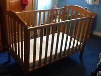 Mothercare Darlington Cot £10