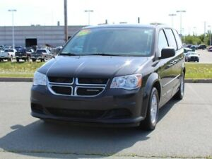 2011 DODGE GRAND CARAVAN with Full Stow N Go & Remote Start!!
