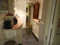 2 LARGE DOUBLE ROOMS AVAILABLE IN A FRIENDLY HOUSE IN FILTON