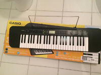 Casio CTK-240 synthesiser keyboard - Full size keys -Excellent condition