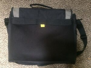 Targus Laptop Bag *EUC* - $12obo London Ontario image 5