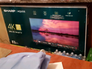 "55"" 4K SHARP TV Brand new"