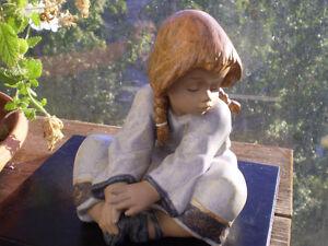 "Lladro Spain Gres Girl Figurine -"" Lazy Day ""  #2210 Kitchener / Waterloo Kitchener Area image 10"