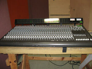 Mackie 32-8-2 Analog Mixing console with meter bridge $1000
