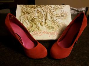 Ed Hardy size 5 heels