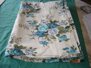 Curtains - Blankets ....Place mats ...Runners ... London Ontario image 6