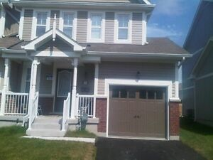 Townhouse for RENT in ALLISTON**End Unit**Avail.Nov 1st