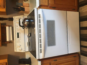 Kitchen Aid fridge stove and dishwasher for sale as package