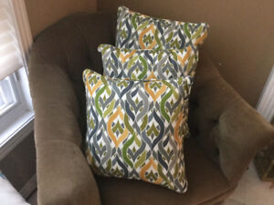 New!! Outdoor Pillow! Excellent Quality Water Resistant