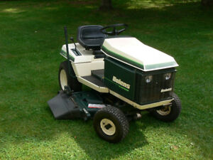 Bolens ST 140 Lawn Tractor