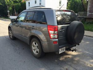 URGENT! - 2007 Suzuki Grand Vitara VUS 4x4 - Negotiable!