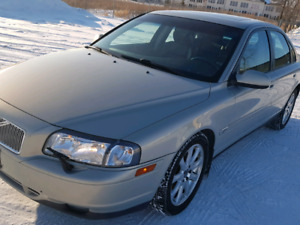 2002 Volvo S80 Twin Turbo Leather 268hp safetied $6000 obo