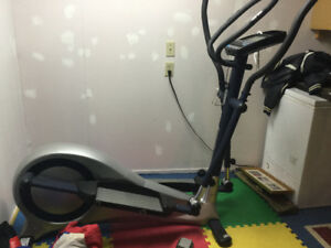 Infinity euro Eliptical cross trainer