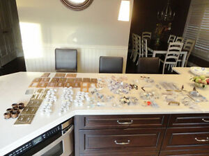 250 pcs.Of Cupboard, Dresser Knobs, Handles& Wood Plate Covers