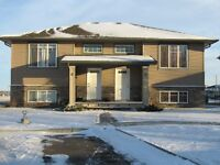 Coaldale 2 bedroom / 2 bath condo
