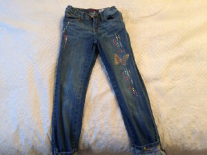 4 Pairs of Girls size 8 jeans