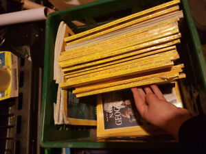 Old National geographic/canadian living magazines
