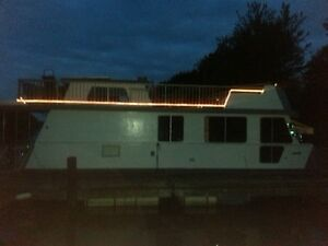 Houseboat for sale TURN KEY…$46,900.00
