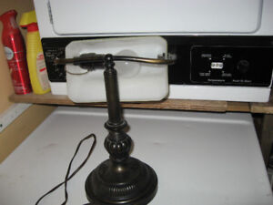 Antique Looking Table / Desk Lamp