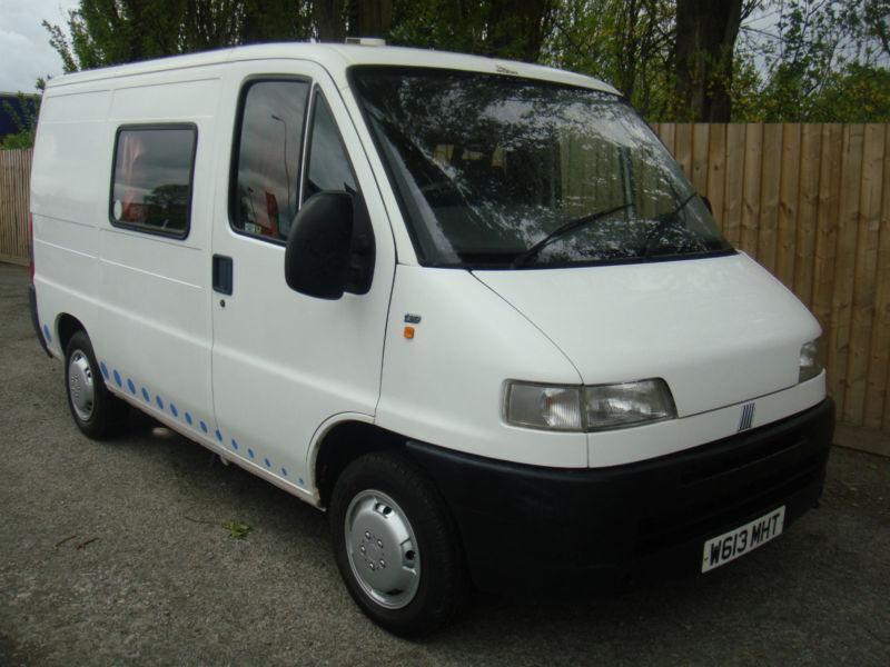 2000 w fiat ducato 10 2 0 diesel swb camper van 2 berth for Interieur fiat ducato 2000