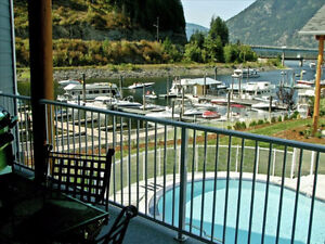 Luxury Waterfront Condo Sicamous, Shuswap with Large Boat Slip