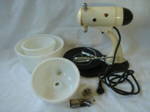 Vintage Sunbeam MixMaster, Model 7, 1948  early 1950's