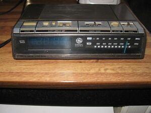 Vintage GE radio with alarm clock