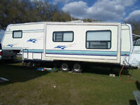 31 foot  fifth wheel  travel trailer