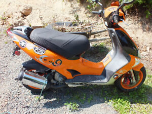 Kymco Scooter Super 9 AC 2T $2000