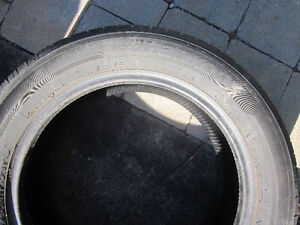 2 used Hankook tires 215x60x17  Optimo H-725