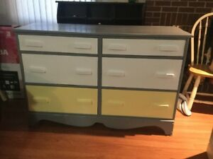 delivery included- solid wood 6 drawer dresser