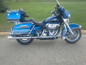 Harley Davidson Electra Glide Classic cheapest on kijiji.