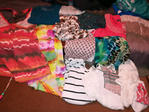 Womens size med/lg clothing
