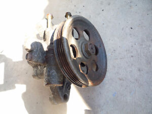 audi a4 2.8L 1996 -2001 pompe power steering