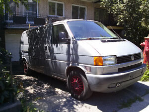 FOR SALE-1997 Volkswagen Transporter 2.4D in a good running cond
