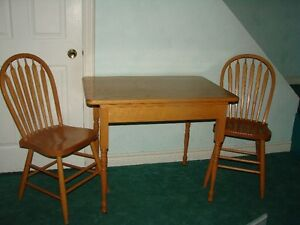 Solid Oak - TABLE + 2 chairs