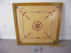 Large/ Full size Carrom Board Game in pristine condition S