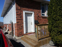 2 ROOMS AVAILABLE NOW! - CLOSE TO BROCK UNIVERSITY