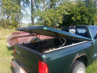 2000 Dodge Dakota Hard Tonneau Cover $100 OBO