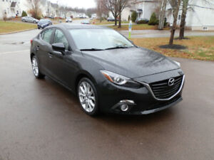 Mazda 3 GT - Fully Loaded - Automatic