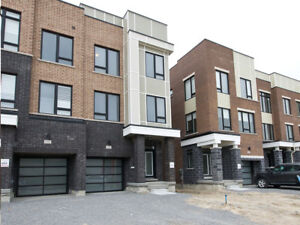 Townhouse Vaughan, New 3-Storey End-Unit Freehold  Maple GO Stn