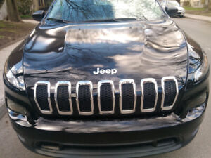 Jeep Cherokee. Low mileage!