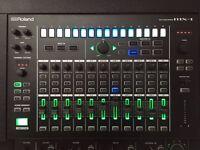 Roland MX - 1 mix performer