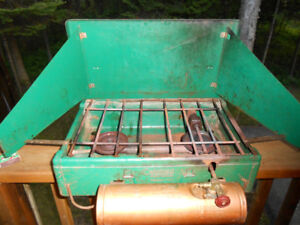 Coleman Gas Stove - Enjoy the great outdoors with this coleman g
