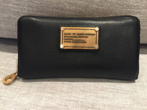 Marc by Marc Jacobs Leather Wallet - EXCELLENT Condition